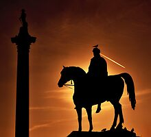 Sunset at Trafalgar Square, London by Chilla Palinkas