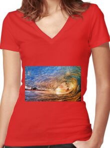 Wave Women's Fitted V-Neck T-Shirt