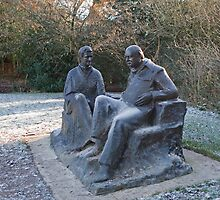 Sir Winston Churchill and his wife statue in Chartwell by Keith Larby