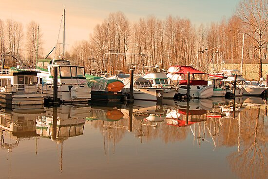 Winter Season for Boating by Lesliebc