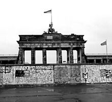 BRANDENBURG GATE - Memories of a divided city. by Neil Mouat