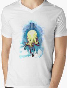 Cthulhu Waits Dreaming T-Shirt