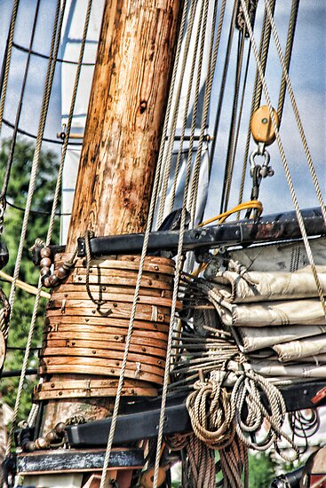 Privateer LYNX mast and rigging by Timothy Gass