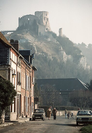 Richard's Castle Gaillard over Les Andelays 19840216 0047  by Fred Mitchell