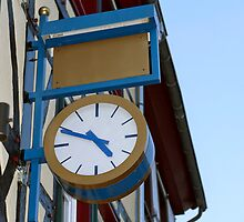 Clock by Vac1