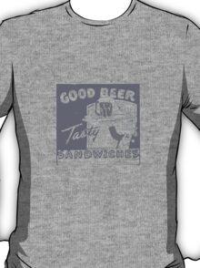 Vintage Advertising Good Beer Tasty Sandwiches T-Shirt