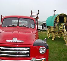 Gypsy waggon and Bedford van by elsiebarge