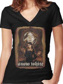 Renaissance Snow White Women's Fitted V-Neck T-Shirt