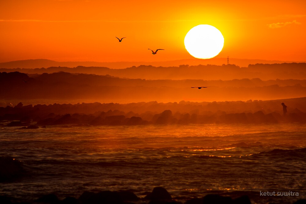 sunset at breamlea's beach by ketut suwitra