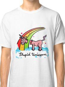 The stupid unicorn loses his head Classic T-Shirt