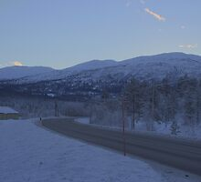 Sundown in wintery Norway by HuntrRose