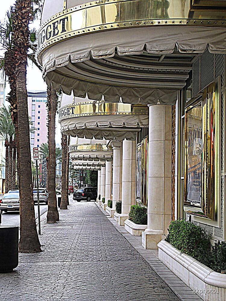Las Vegas Street by kkphoto1