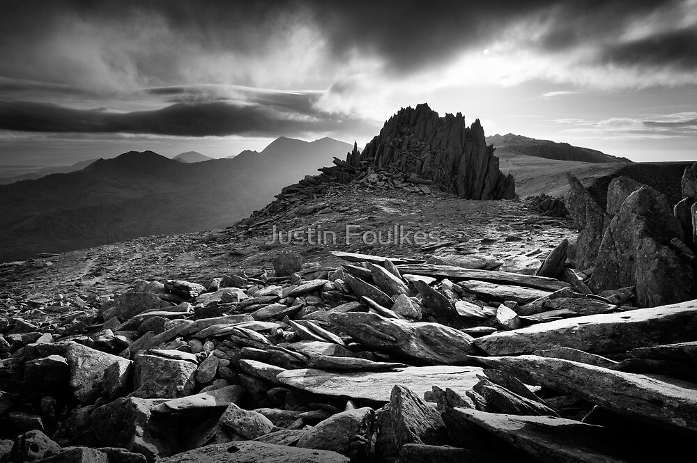 Castle of the Winds, Glyder Fach, Snowdonia. by Justin Foulkes