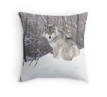 My Wolf : The kiss of the wolf Throw Pillow