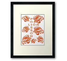 Invasion de poissons-lions Framed Print