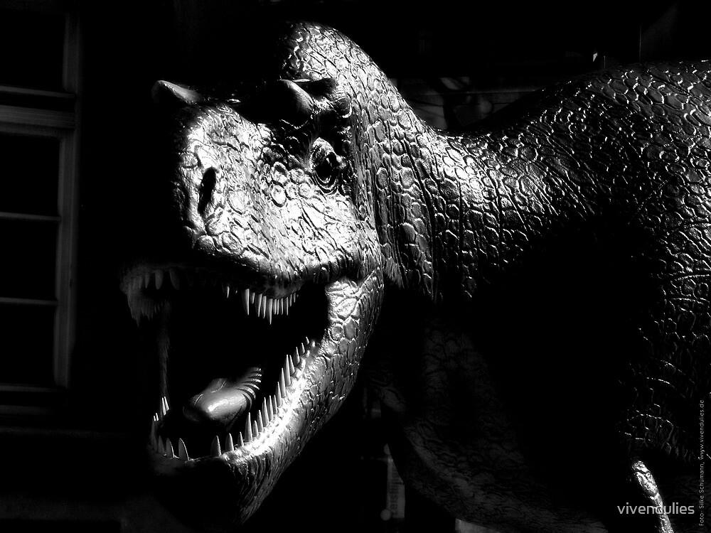 Dinosaur VRS2 by vivendulies