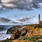 Lighthouse of Sao Pedro de Moel by vribeiro