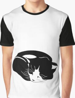 little kitten who sleeps peacefully Graphic T-Shirt