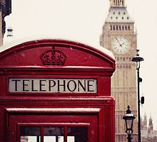 A very London telephone box by Chilla Palinkas