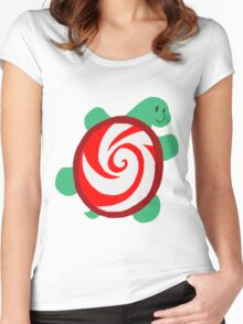 Peppermint Turtle Women's Fitted Scoop T-Shirt