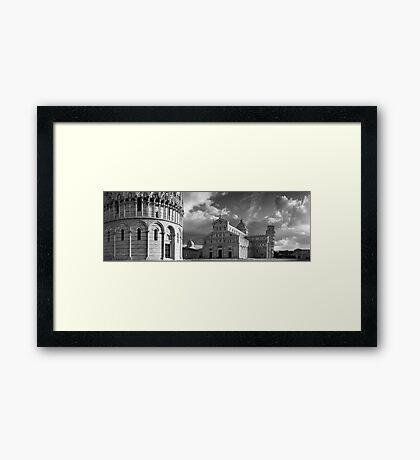 Piazza dei Miracoli, Pisa, Italy. Framed Print