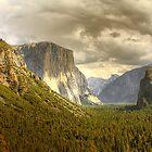 El Capitan in Yosemite by kurtolo