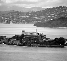 Flyby Alcatraz Island by Diego  Re