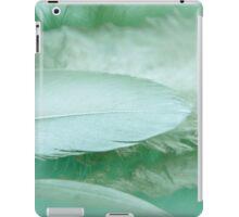 Beautiful green feathers iPad Case/Skin