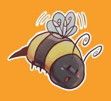 Chubby Bumblebee by SaradaBoru