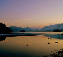 Derwent Water, Lake District National Park. by Lou Wilson