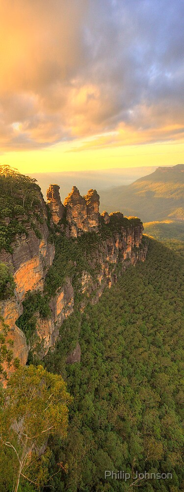Sisters Sticking Together - Blue Mountains World Heritage Area, Australia - The HDR Experience by Philip Johnson