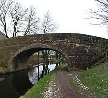 Bridge 131 Lancaster Canal by QBoyd