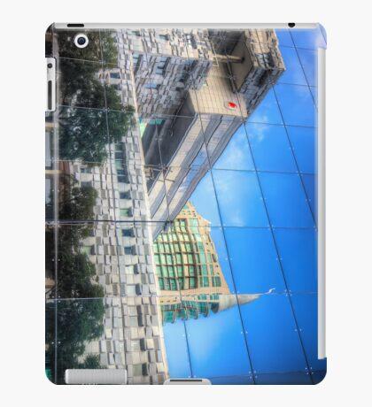 Mirror Mirror iPhone/iPad Case iPad Case/Skin