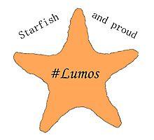 Tessa Netting- Starfish and proud/Lumos Photographic Print