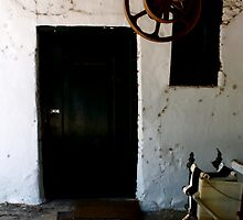 Door 2 Muratie Winefarm by JamDonut