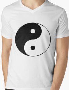 90's Grunge Hippie Peace Black and White Ying Yang Symbol Mens V-Neck T-Shirt