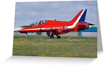Red Arrow landing by Martyn Franklin