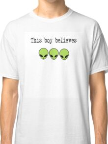 This Boy Believes in Aliens Classic T-Shirt