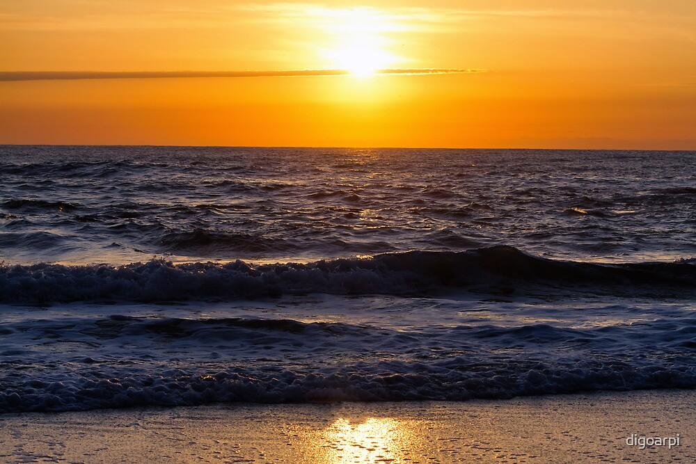 Sunrise by digoarpi