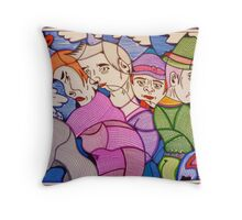 crowd on 5th avenue Throw Pillow