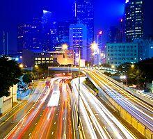 Hong Kong traffic at night by kawing921