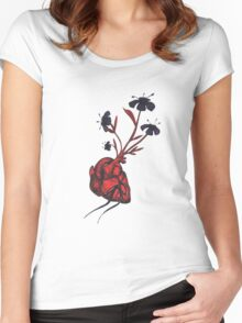 Love Grows Women's Fitted Scoop T-Shirt