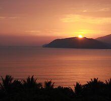 Violet Sunrise #2 by MomoYeuSunny