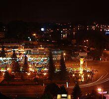 Dalat nightlife by MomoYeuSunny