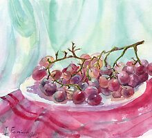 pink grapes on a plate by Irina Fominykh