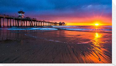 Huntington Beach by Radek Hofman