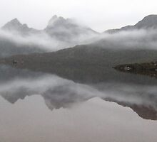 Cradle Mountain by PepperPotPics