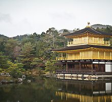 Rokuon-Ji [Temple of the Golden Pavilion] by knahadeem