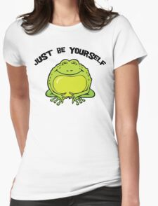 """Funny Frog """"Just Be Yourself"""" T-Shirt"""