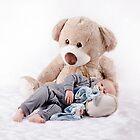 Cuddles by rachellena